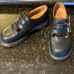 Dr. Martens Mary Janes 3 straps buckled size 9 EUC